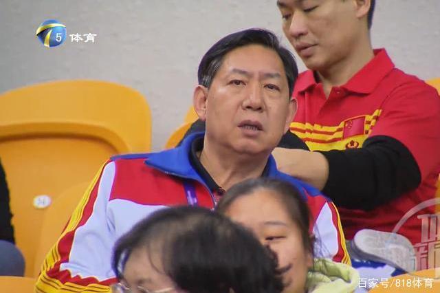 天津女排教练组调整!王宝泉重当主教练,陈友泉被免职,于飞任领队