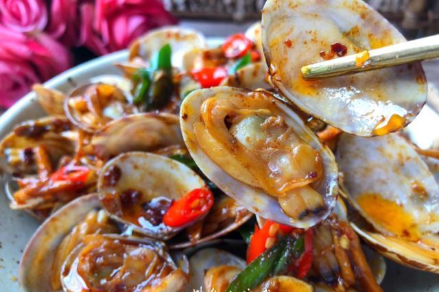 秒杀大排档的辣炒花蛤,香辣美味,百吃不厌,做法超简单