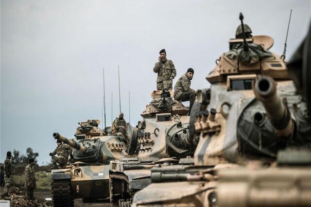 美军给钱给物,库尔德武装实力大增,重击土耳其军队