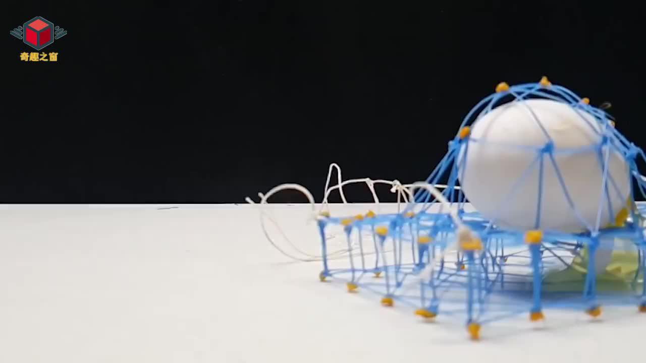 用3D打印笔给鸡蛋画个保护壳从高处丢下会碎吗一起来见识下