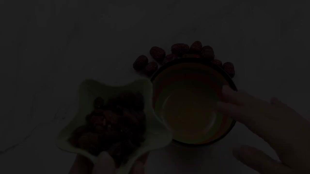气血不足怎么办?红枣和葡萄干一起喝,解决了很多人的烦恼