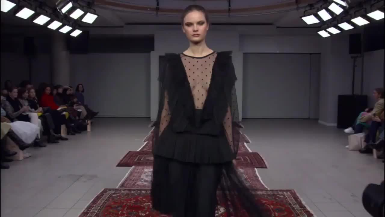 Ida Sjostedt 2020纽约模特时装周