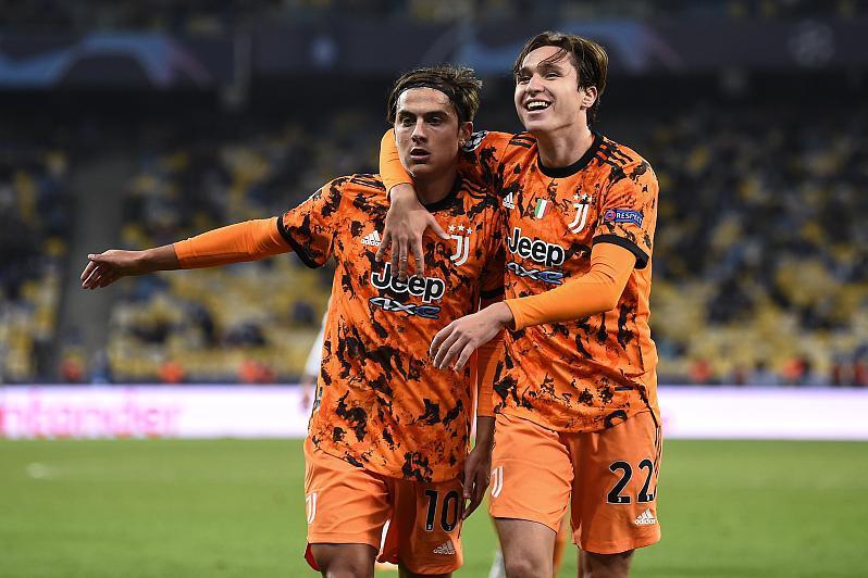 皇马准备提供两名球员作为筹码,来签下曼联和切尔西的转会目标