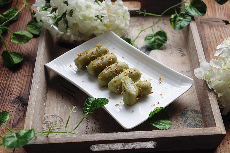 用苦瓜做古法糕点,上锅两分钟就好,入口香甜软糯,还能清热消炎