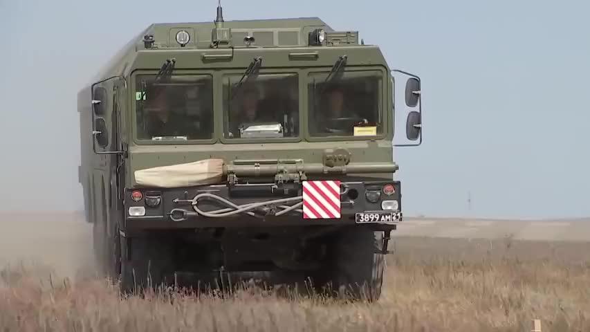 """""""高加索-2020""""战略演习中向海上目标发射的堡垒导弹!"""