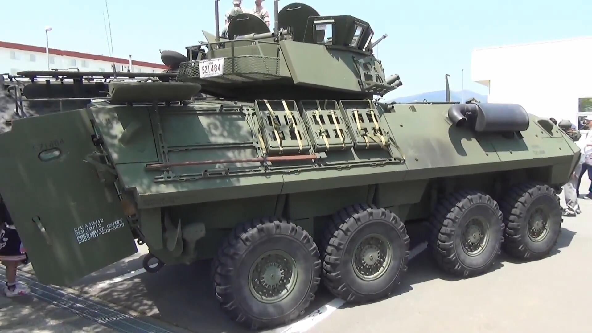 美国海军陆战队,LAV-25A2型轮式步兵战车,看上去挺先进的样子