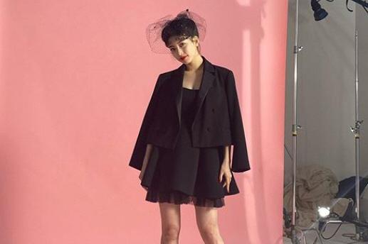 韩国女艺人秀智服装写真拍摄现场照曝光