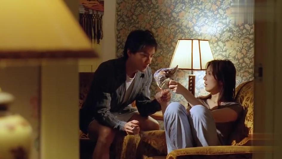 新扎师妹:千嬅打碎吴彦祖烟灰缸,不料他居然这样回复,太宠了吧