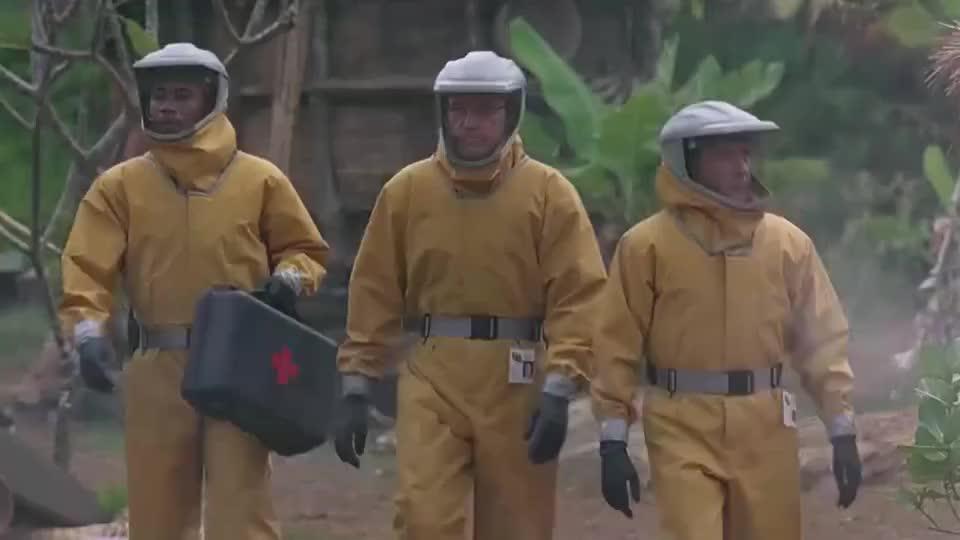 影视:埃博拉病毒侵袭非洲村落,士兵为了控制疫情,只能走极端!