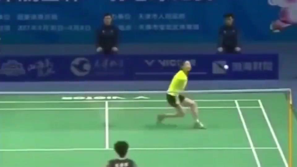 羽毛球:陈雨菲这个回手掏,是运气还是实力?