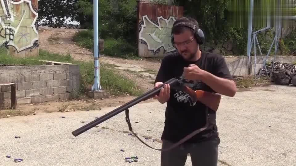 户外实测:栓动步枪、手枪、双管猎枪,种类多想怎么玩都行!