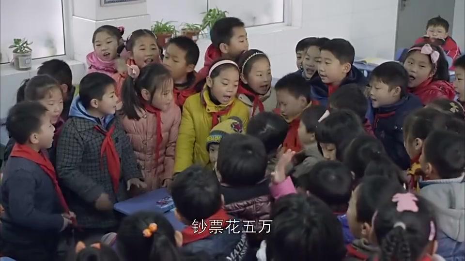 江城警事:小学生扶老人被讹,小学生受到伤害,老人却成道德模范