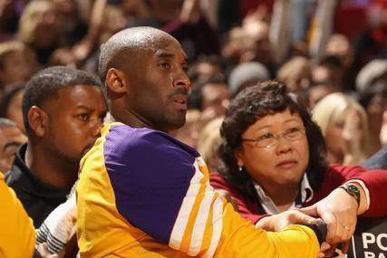 帮助科比5冠、詹姆斯1冠,湖人华裔女队医的年薪有多少?