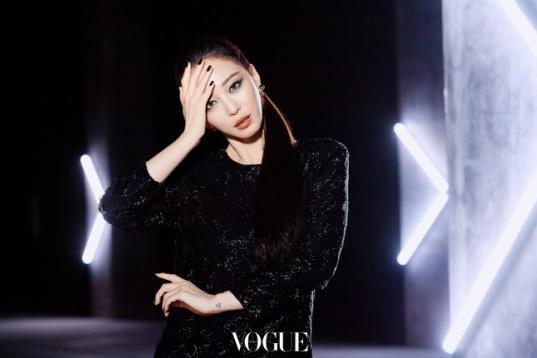 韩国女艺人韩艺瑟最新杂志写真曝光