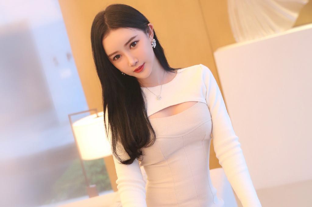 网红美女模特孙心娅迷人写真美照好可爱啊