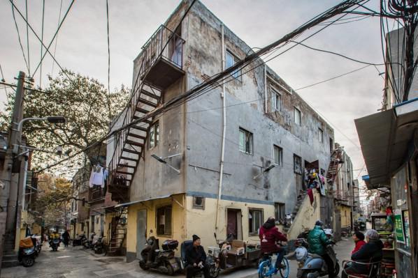 郑州老城区千年历史老街道,留守只剩老年人,最怕下雨