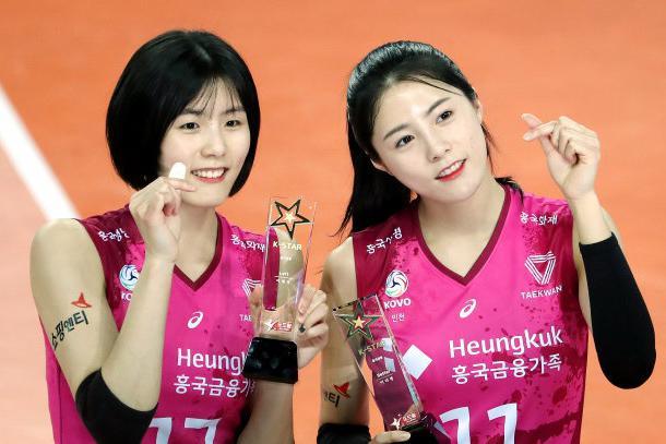 李在英&李多英!被无限期停赛的韩国女排双胞胎将起诉不实控诉者
