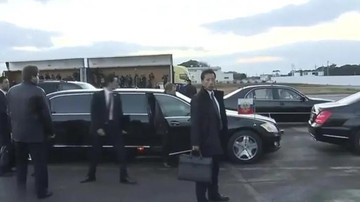 普京总统下飞机,四周全是安保人员,气场丝毫不输奥巴马!