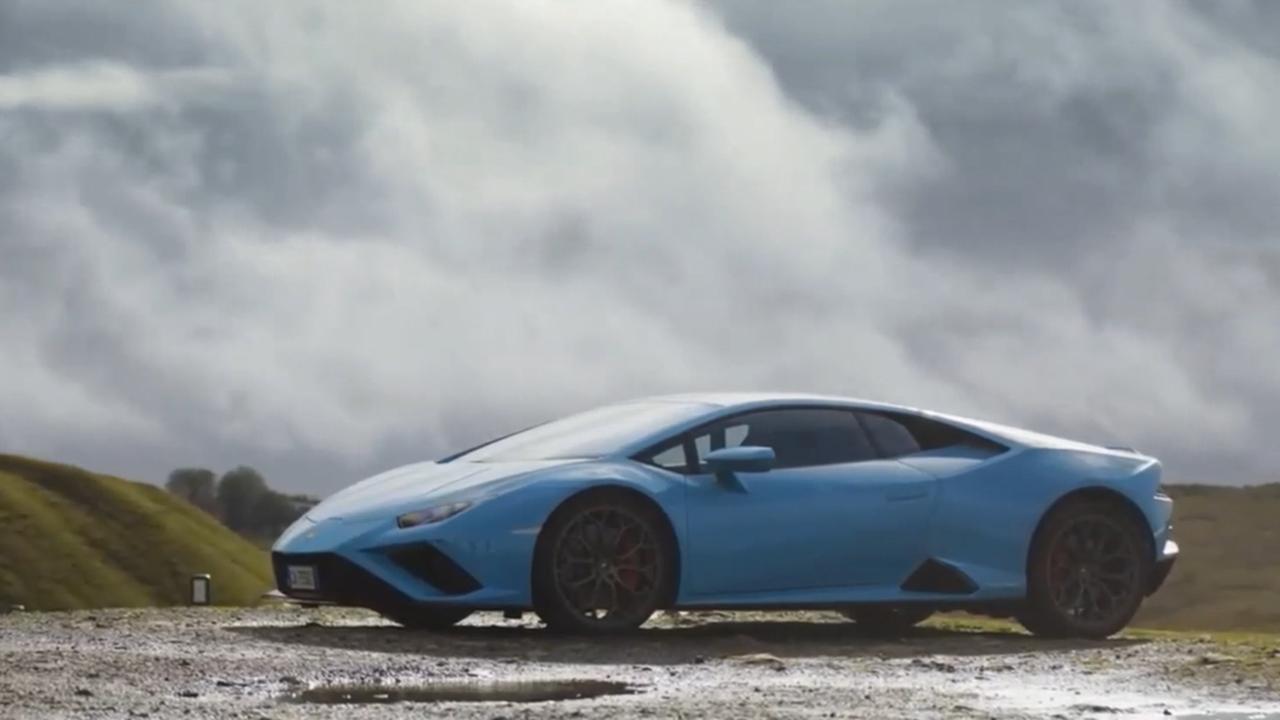为驾驶乐趣而生NEW Lamborghini Huracan EVO RWD