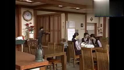乞丐王子,李女士饭店要招男服务员,贤珠在劳务市场相中了三少