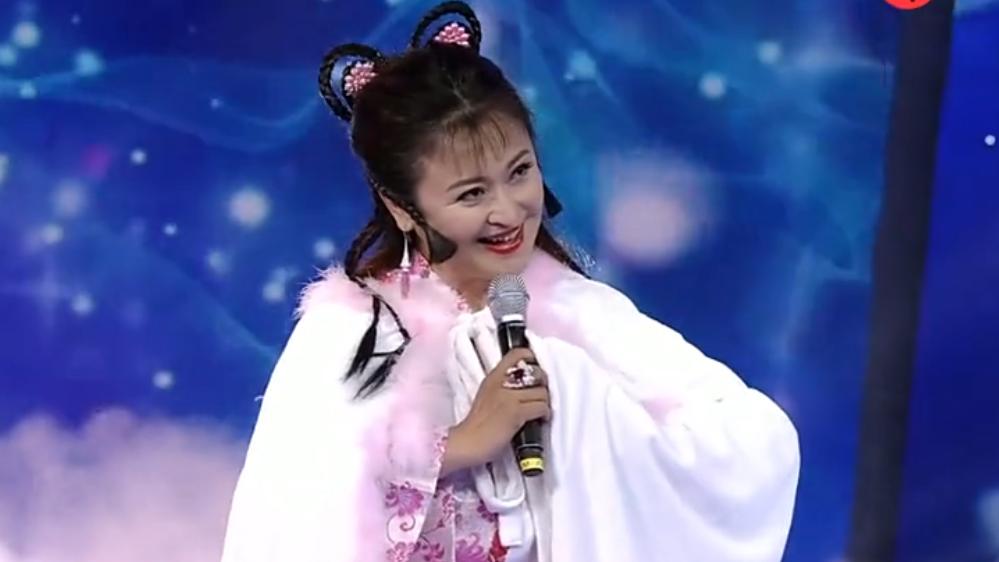 旧梦重温!王璐瑶二十年后再唱《雪山飞狐》主题曲《追梦人》