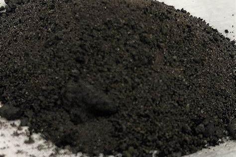 邻居听信偏方竟拿煤灰来除醛,结果搭上了自己和家人的健康