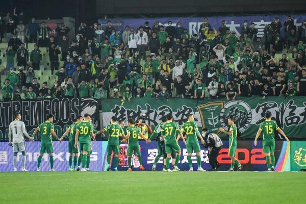 中国足球对长期集训特迷信 总按自认为可行的办法做事