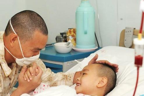 6岁儿童因甲醛患白血病,父母掩面哭泣:这几样东西真该好好挑