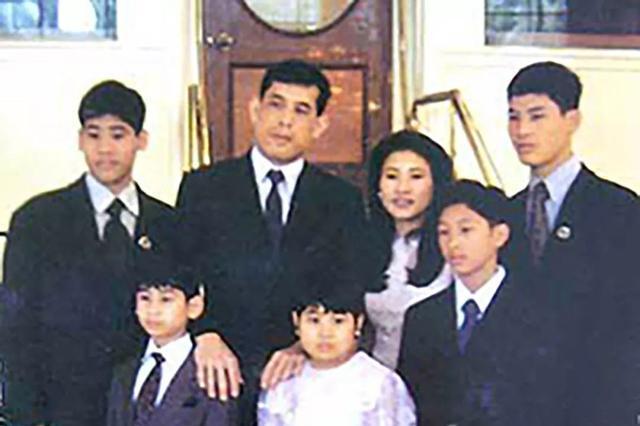 玛哈国王的子女颜值很高?看完这组珍藏的老照片,你就知道了