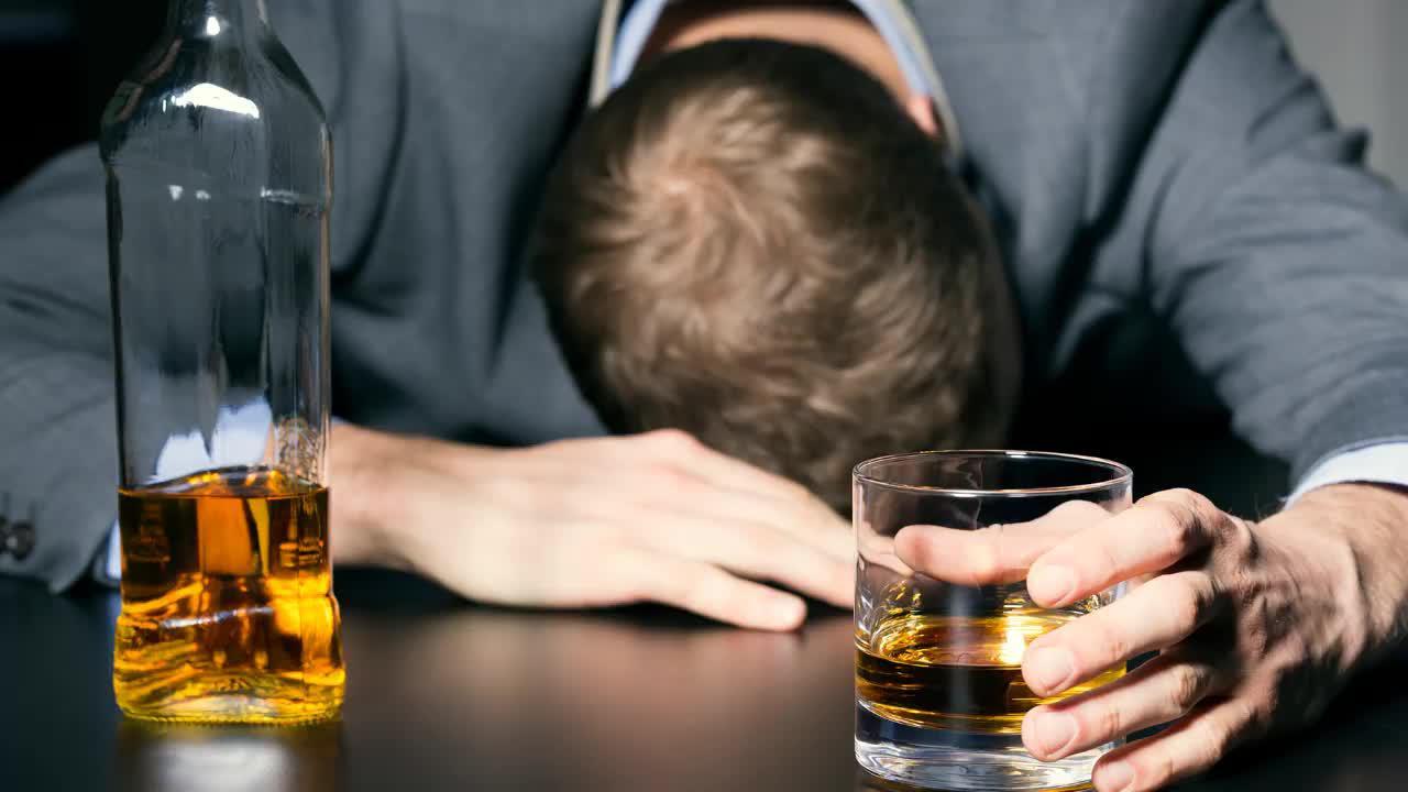 酒量大小由什么决定?基因还是身体素质?
