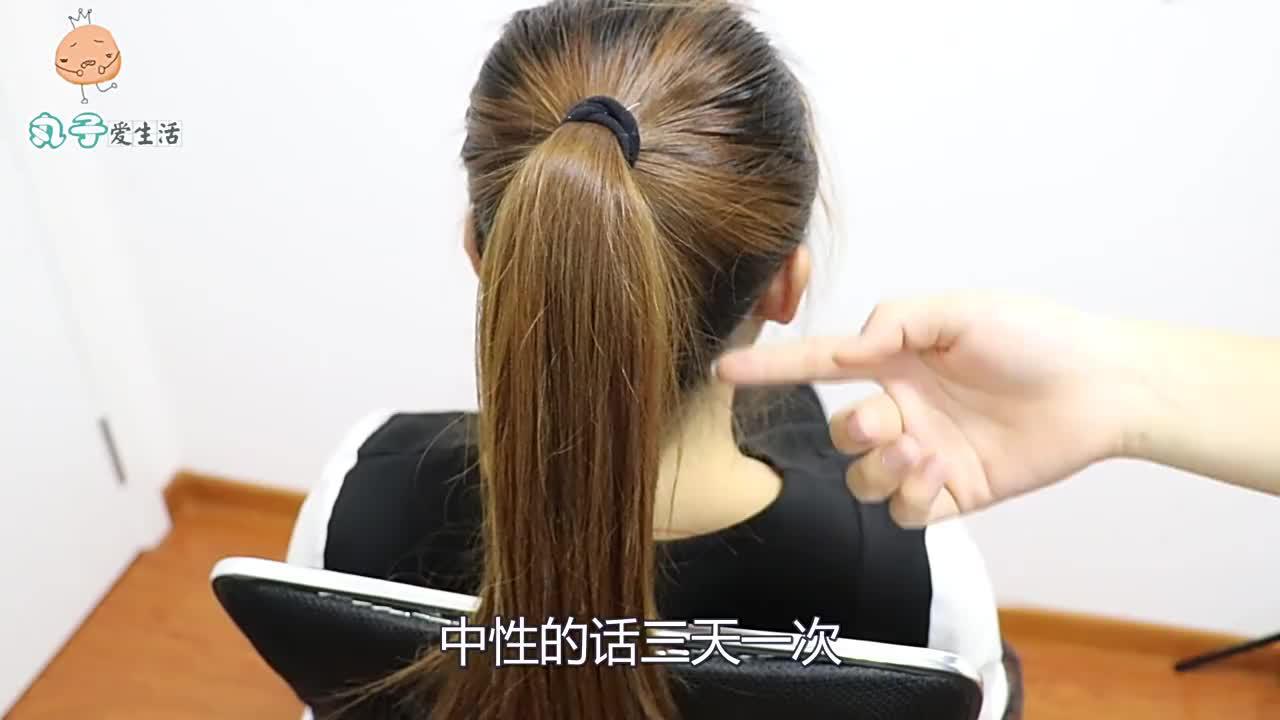 """洗头掉一大把头发?只需多加""""一步"""",不掉头发不出油,厉害了"""