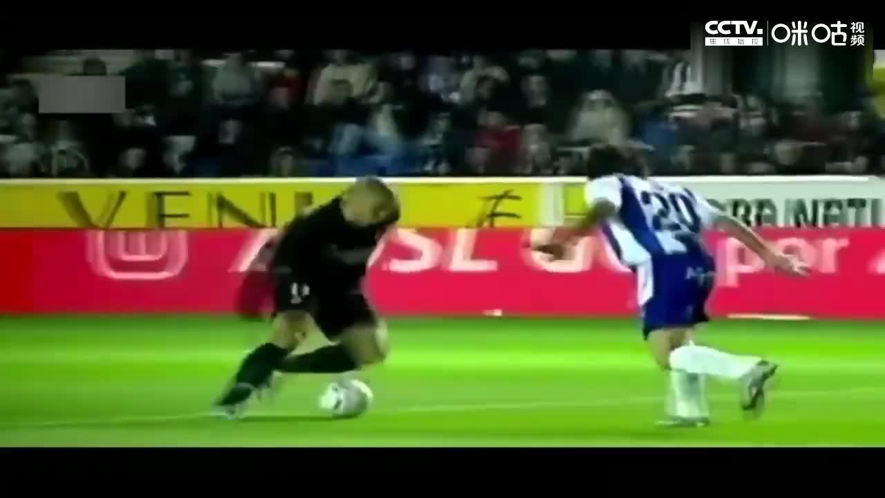 足坛最完美前锋!罗纳尔多,能以你想象的任何方式进球!