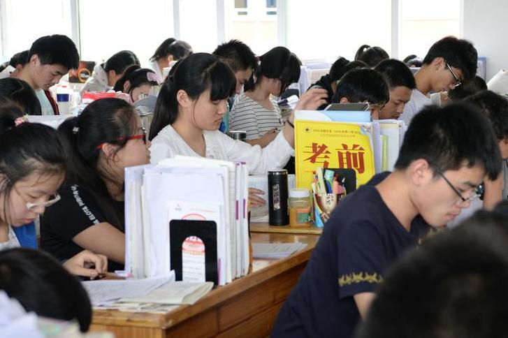 2021高考在即,高三学子如何在高考前具备一个健康的心理状态?