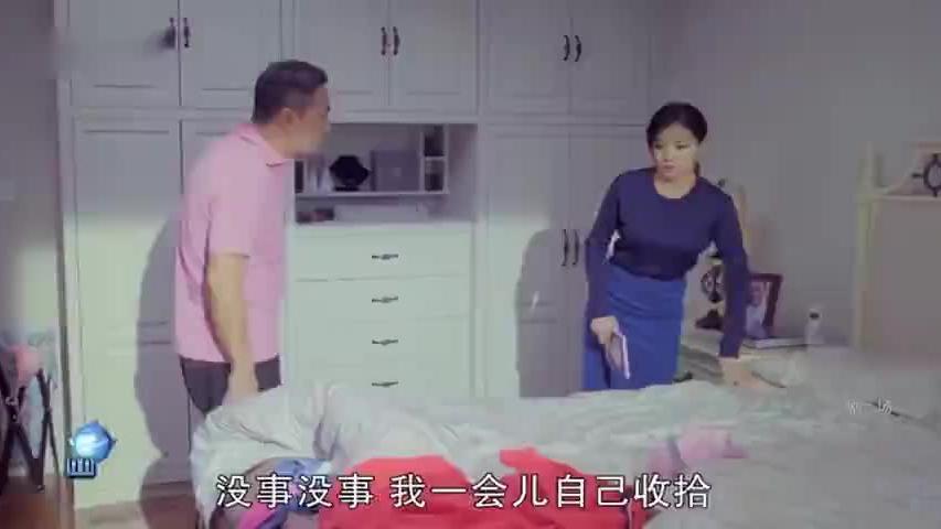 拜金前妻被抛弃又回前夫家,嘲笑现任是保姆和暖水袋,前夫怒了