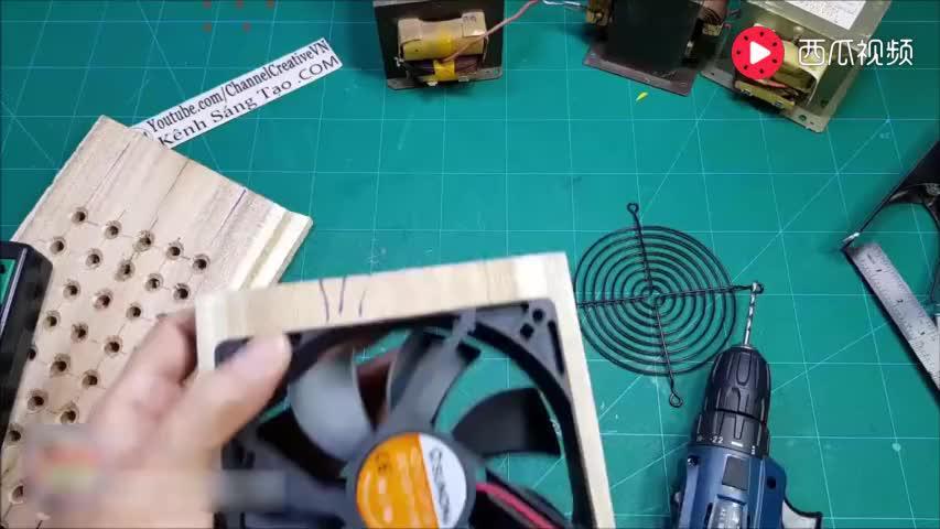 牛人拆下一台旧微波炉,动手把它打造成弧焊机,简直是天才!