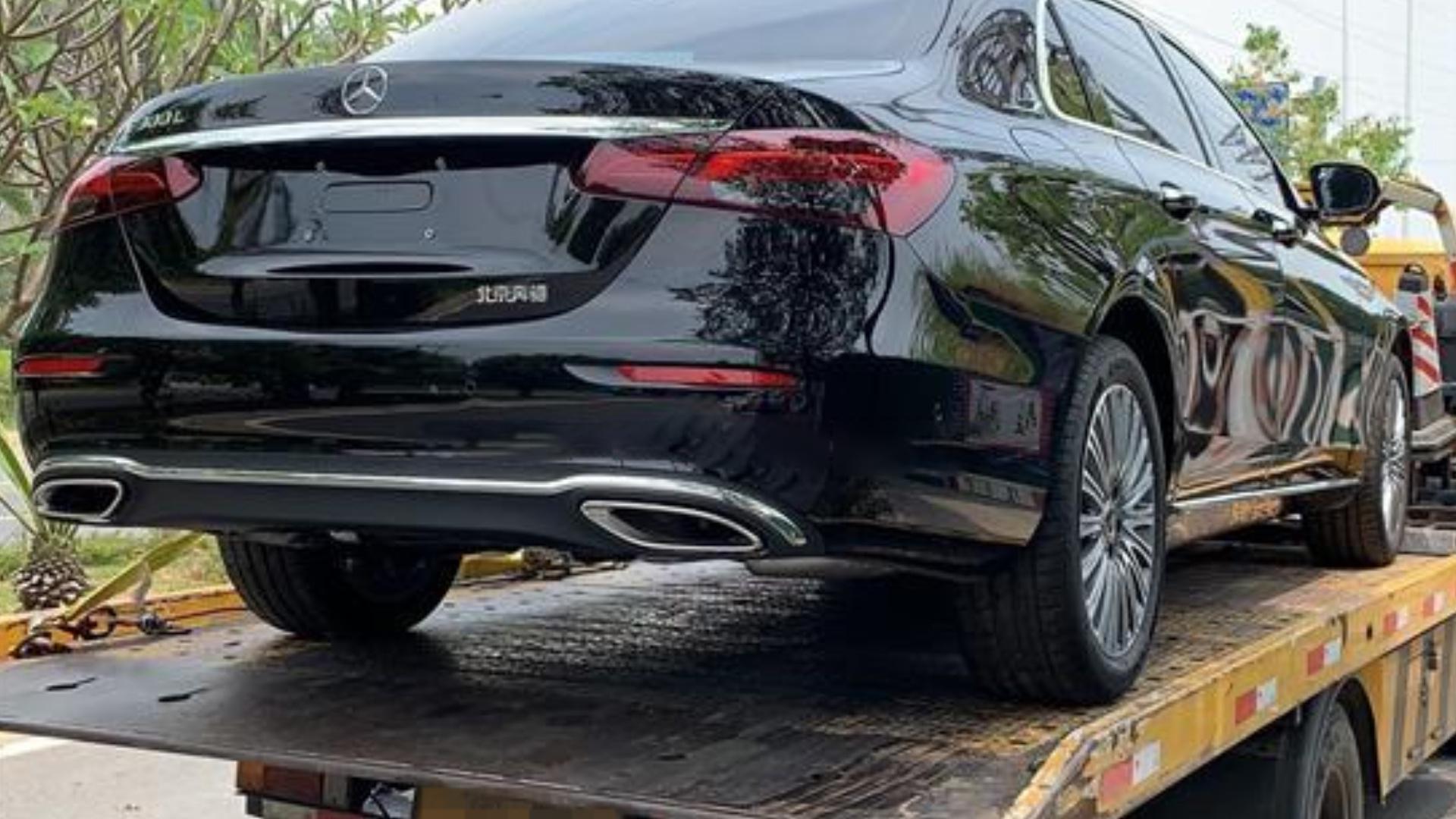 视频:奔驰E级新车质量问题,行驶中车辆突然停车,所有按键失灵