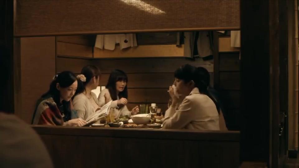 深夜食堂:姑娘当救灾志愿者,却被灾民爱上,遭遇疯狂追求