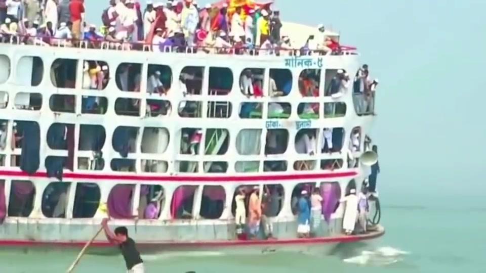 印度大轮船,人比船沉船却能做到不沉。