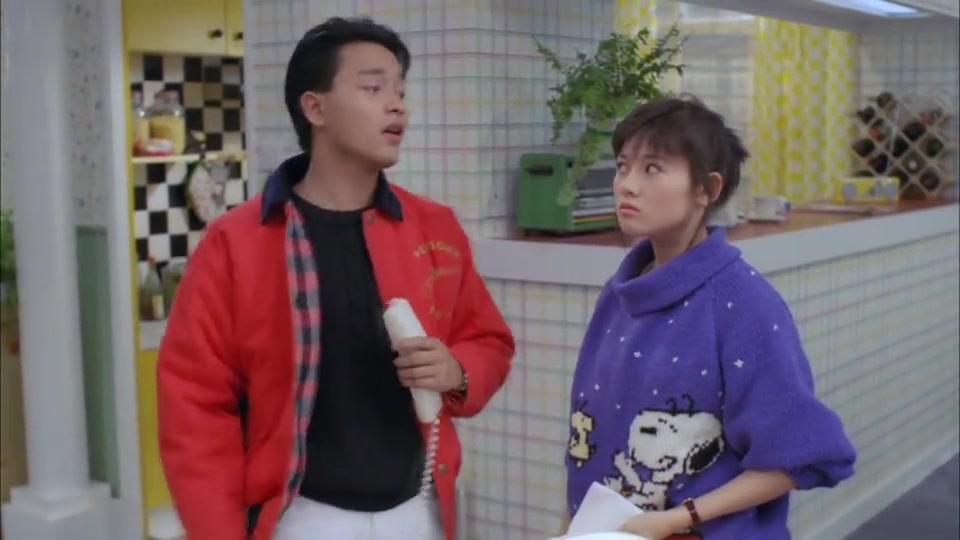 李丽珍19岁电影,迷倒了一代人,不愧是蜜桃女孩!