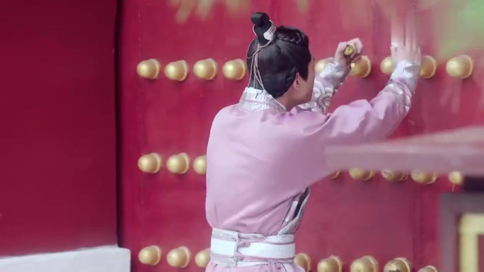 大唐荣耀:李倓爬墙,还不忘吃枣子,结果摔下去了