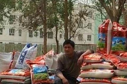 周润发卖大米,小沈阳开公交车,刘德华
