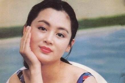 陈红的侄女陈旭,和梅婷合作经典被嫌弃,长相平平却屡演大片