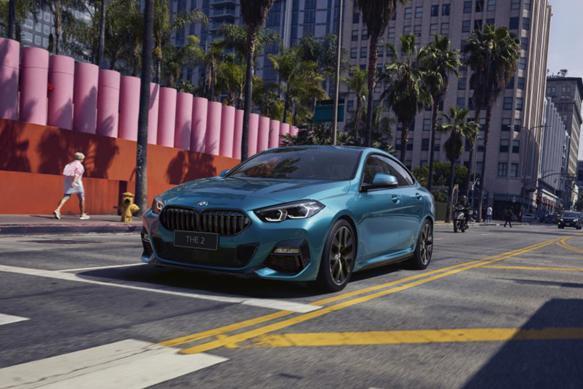 刚上市的宝马2系四门轿跑,是给女性用户设计的吗?
