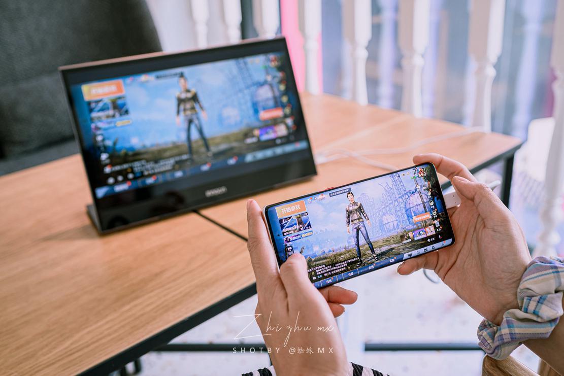 出差也能组双屏?INNOCN N1U便携式4K显示器体验