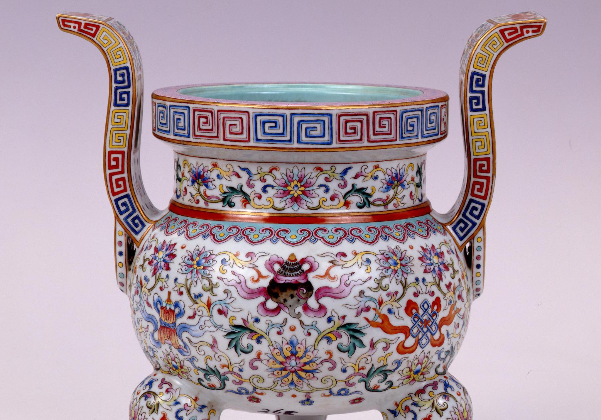 布达拉宫文物4:皇家赏赐文物,竟与国家宝藏文物相似,百姓禁用