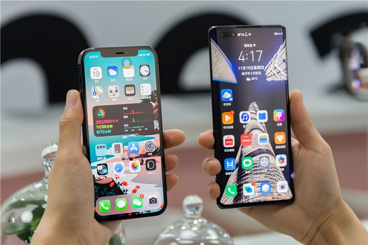 直面屏与曲面屏哪个好?为什么高端手机都开始使用曲面屏?