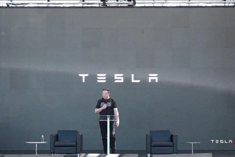 重磅!17万的特斯拉真的要来了……|马斯克官宣电池革命
