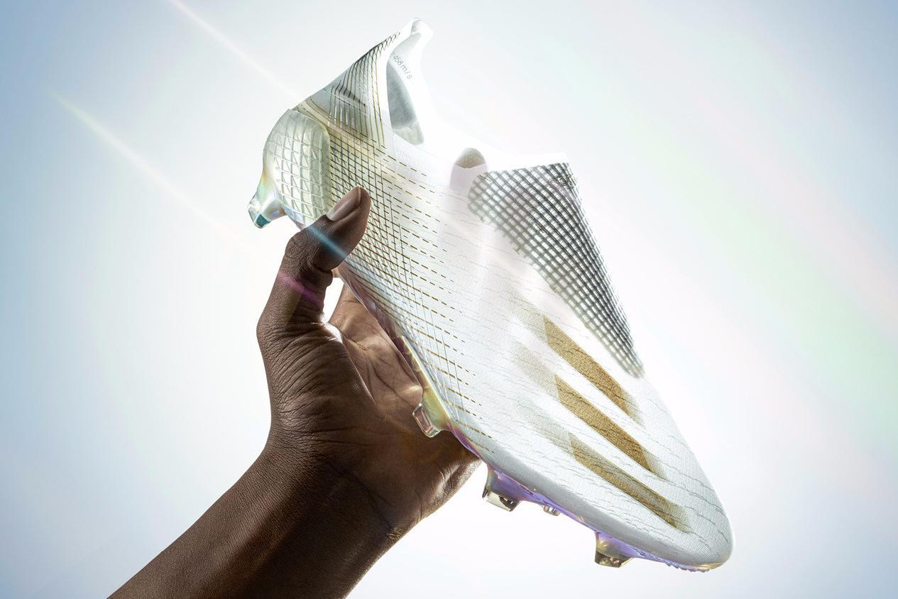 无影疾速——阿迪达斯推出新一代速度战靴X GHOSTED