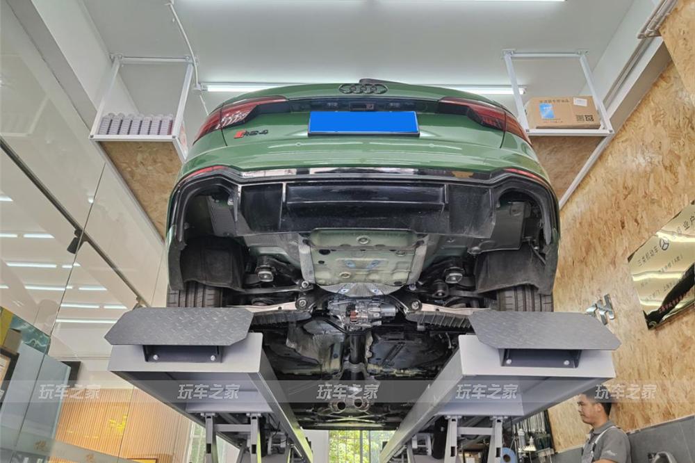 2021款奥迪RS4 2.9T升级中尾段智能阀门排气