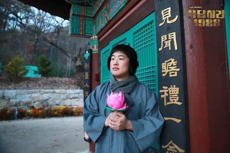 请回答1988的正峰拍电影,新片入围釜山电影节,网友:孩子出息了